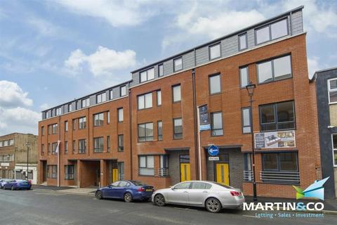 3 bedroom townhouse to rent - Elizabeth Place, Tenby Street North, Jewellery Quarter, B1