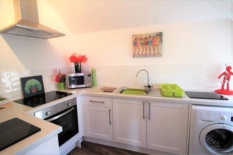 1 bedroom flat to rent - Connaught Avenue, Plymouth