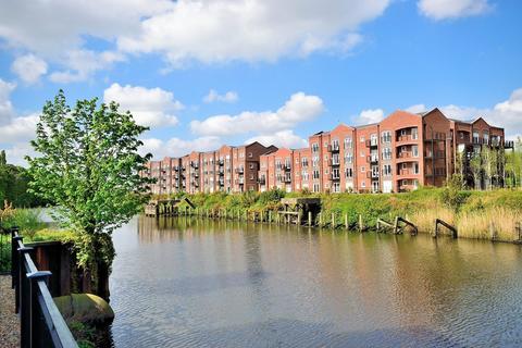2 bedroom apartment to rent - Lulworth Place, Walton Locks, Warrington