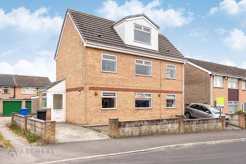 2 bedroom flat to rent - Stothard Road