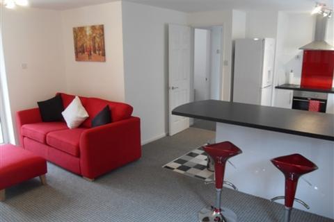 2 bedroom flat to rent - 16 Marine Wharf