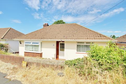 2 bedroom detached bungalow for sale - NO FORWARD CHAIN! EXTENSIVE GARDEN! MODERN KITCHEN! EXTENDED!
