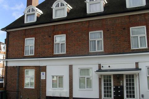 3 bedroom apartment to rent - Lodge Road, Hendon, London, NW4