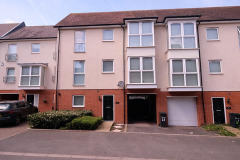 4 bedroom townhouse for sale - Pearl Square, Great Baddow, Chelmsford, CM2