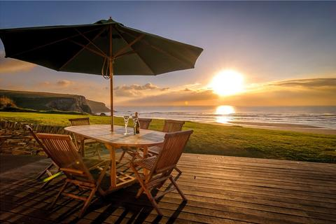 6 bedroom detached house for sale - Tredragon Road, Mawgan Porth, Newquay, Cornwall, TR8