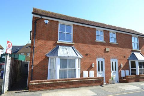 1 bedroom ground floor flat for sale - Saddleton Road, Whitstable