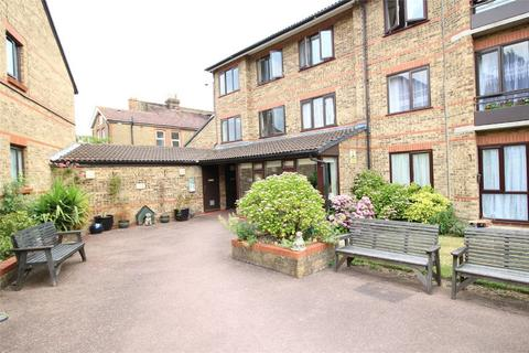 2 bedroom retirement property to rent - Borrowdale Court, Gordon Hill, Enfield, Middx