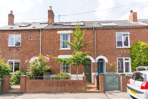 2 bedroom terraced house to rent - Henley Street, East Oxford, Oxford, OX4