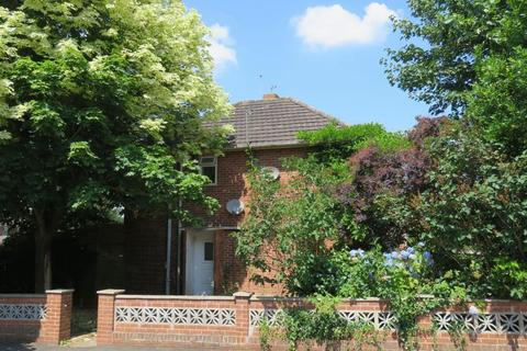 3 bedroom end of terrace house for sale - Lloyds Crescent, Exeter