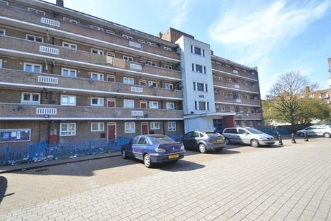 5 bedroom apartment to rent - Marmont Road, London