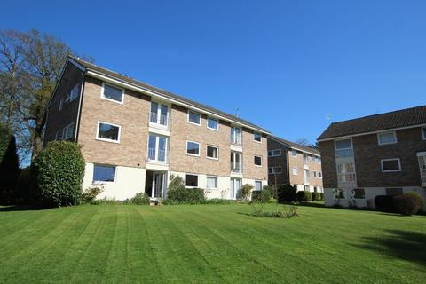 2 bedroom ground floor flat to rent - The Park, Cheltenham