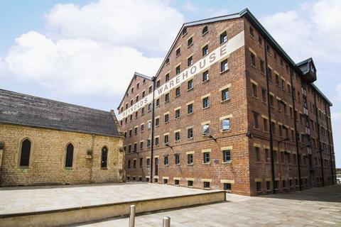 3 bedroom apartment to rent - The Docks, Gloucester