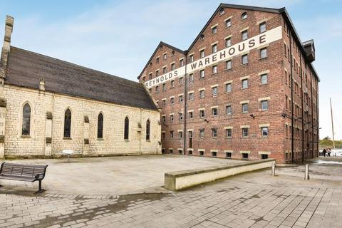 3 bedroom apartment for sale - The Docks, Gloucester
