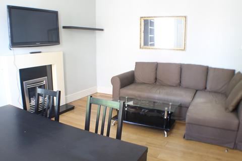 1 bedroom flat to rent - Barton Road, London, W14