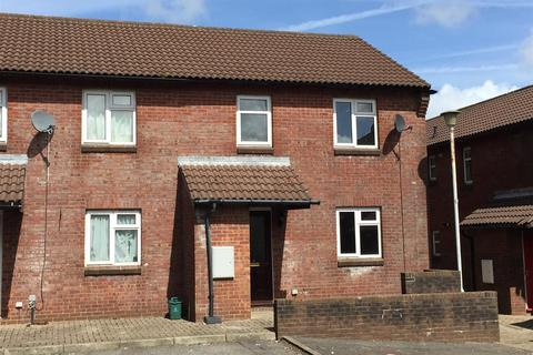 3 bedroom end of terrace house for sale - St Clears Place, Penlan