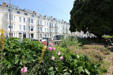 2 bedroom flat for sale - South Parade, Southsea