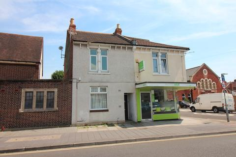 2 bedroom apartment for sale - Winter Road, Southsea