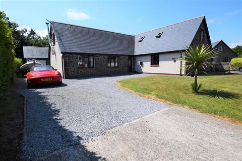 5 bedroom detached bungalow for sale - Cleddau Close, Haverfordwest