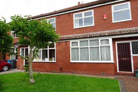 4 bedroom terraced house to rent - Aldwych Avenue,  Manchester, M14