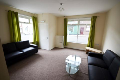 1 bedroom house share to rent - London Road Chesterton Newcastle