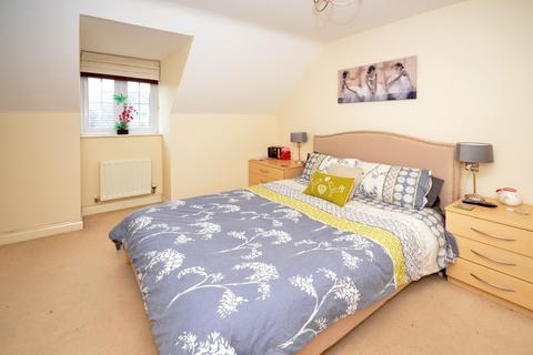 3 bedroom townhouse for sale - Chillington Way, Norton Heights