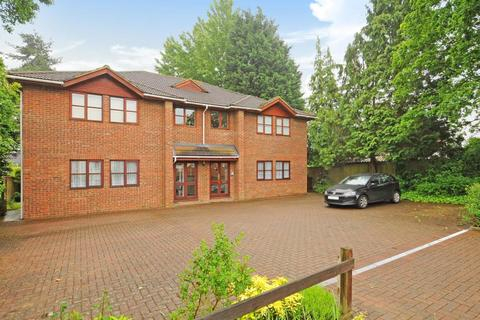 2 bedroom apartment to rent - Kennel Ride, Ascot, SL5