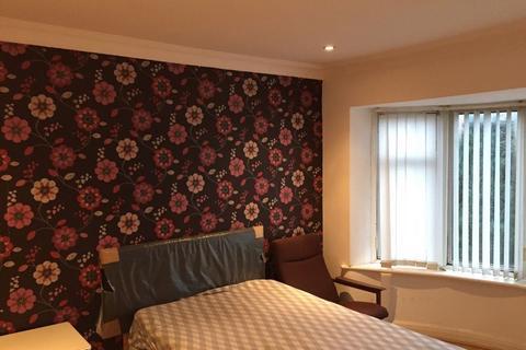5 bedroom house share to rent - Birchfields Rd, Fallowfield, Manchester M14