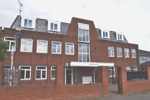 3 bedroom apartment to rent - Aragon House, Hatfield, AL10