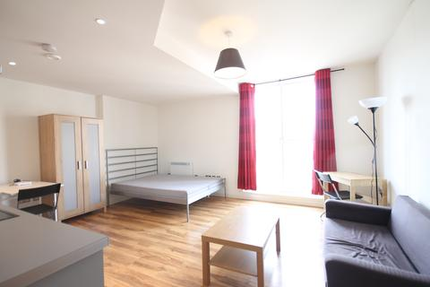 Studio to rent - 155 Bromsgrove Street, Birmingham B5
