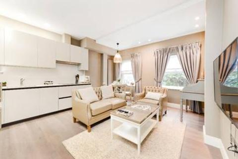 1 bedroom flat to rent - BOYDELL COURT, ST JOHNS WOOD, NW8