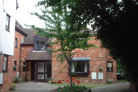 1 bedroom flat to rent - Malthouse Square, Princes Risborough, HP27