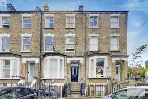 3 bedroom flat to rent - Courtney Road, Highbury