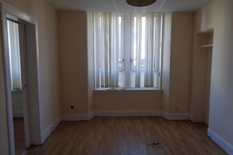 2 bedroom flat to rent - MacDonald Street, Rutherglen, Glasgow, G73 2LP