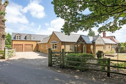 6 bedroom detached house for sale - Overstone Park, Overstone, Northamptonshire, NN6