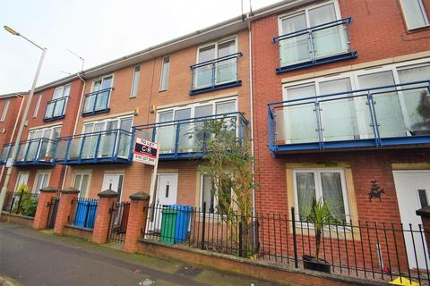 4 bedroom terraced house to rent - St. Nicholas Road,Hulme, Manchester. M15 5JD