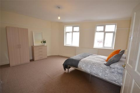 2 bedroom apartment to rent - Upper Tooting Road, Tooting Bec, SW17