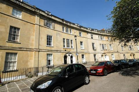 1 bedroom apartment to rent - Widcombe Crescent