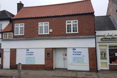 Shop to rent - 19-21 The Square, Hessle, East Yorkshire
