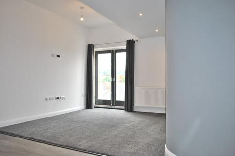 2 bedroom apartment to rent - Apartment 5 Lovit View, 4a-10 High Street