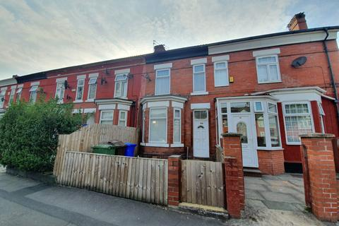 3 bedroom terraced house to rent - Slade Lane, Manchester, M13