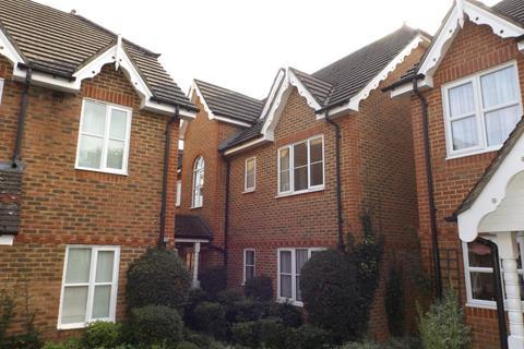 2 bedroom apartment to rent - Alston Gardens, Maidenhead, SL6