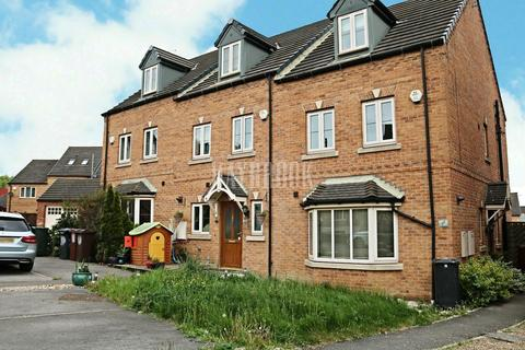 4 bedroom townhouse for sale - Nettlecroft, Monk Bretton