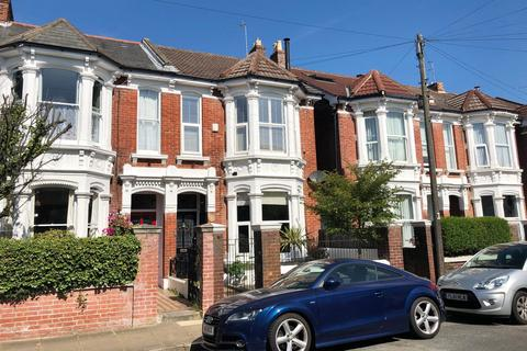 4 bedroom semi-detached house for sale - Lowcay Road, Southsea