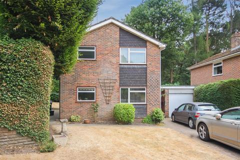 3 bedroom detached house for sale - Farnham, Surrey