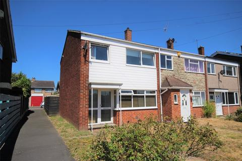 3 bedroom end of terrace house for sale - Condor Walk, Hornchurch, Essex