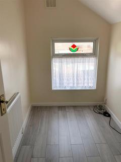 3 bedroom end of terrace house to rent - Brooklyn Road, Coventry