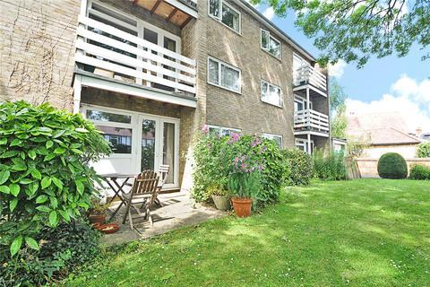 2 bedroom flat to rent - Hernes Close, Hernes Road, Oxford, OX2