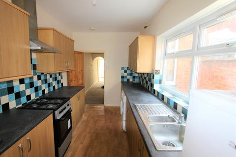 3 bedroom house to rent - Barclay Street, ,