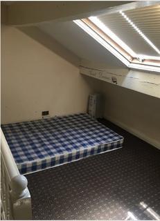 2 bedroom house to rent - Bradford bd7