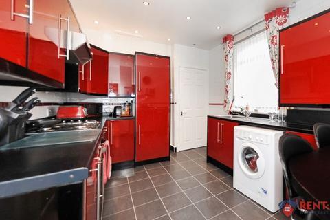 2 bedroom apartment to rent - Rodsley Avenue, Gateshead